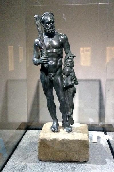 Археологический музей в Аланье - скульптура Геракла