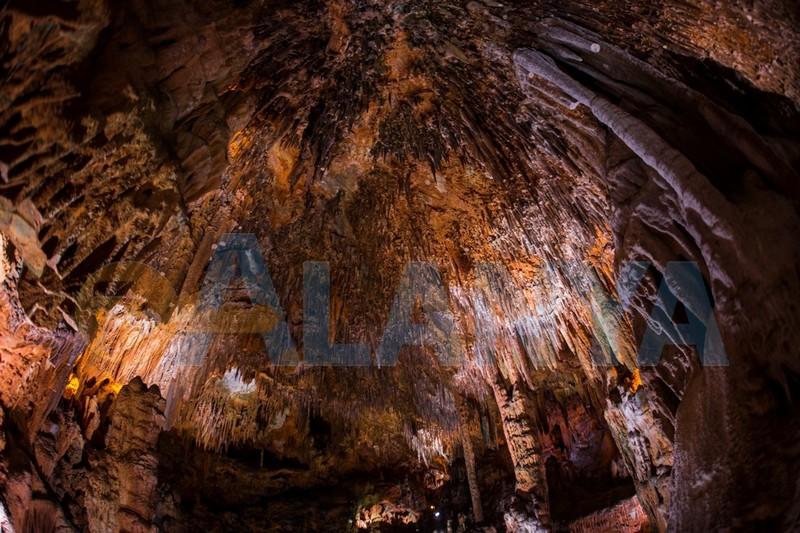 Аланья, Турция. Фото. Экскурсии. Пещера дамлаташ. HD.