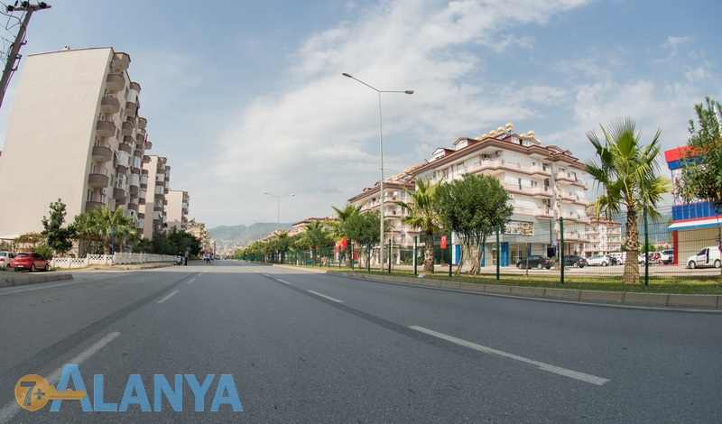 Окружная улица.  Аланья, Турция фото города. Дома на окружной улице, Аланья.