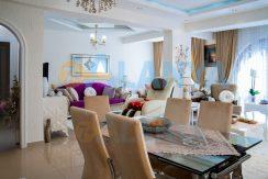 Недвижимость в Аланье. Квартира с мебелью и бытовой техникой. Гостиная.