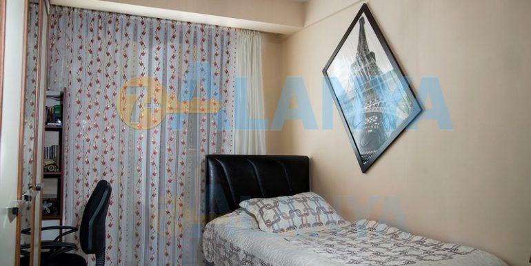 Недвижимость в Аланье. Квартира с мебелью и бытовой техникой. Спальня.