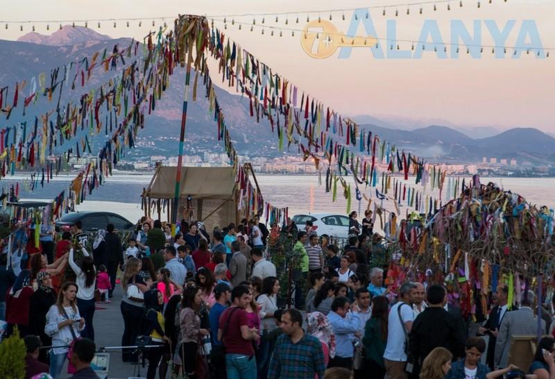 Аланья, Турция. Фото. Праздники в Аланье. Hidirellez.