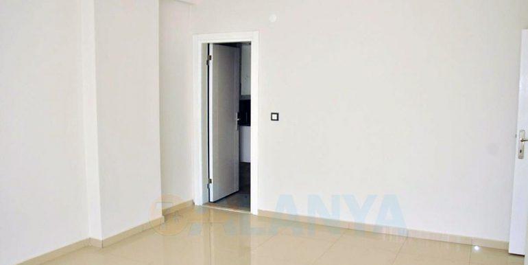 Двухуровневая квартира 2+1 в Аланье, Кестель. Спальня.
