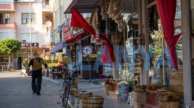 Сувениры из Турции, что привезти. Фото. Сувенирный магазин в Аланье.
