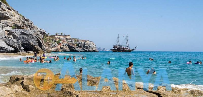 Пляж Улаш. Аланья, Турция. Фото. Семейный отдых в Турции.