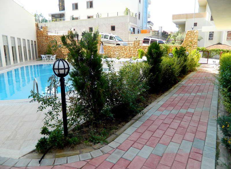 Апартаменты 3+1 - Кестель - бассейн