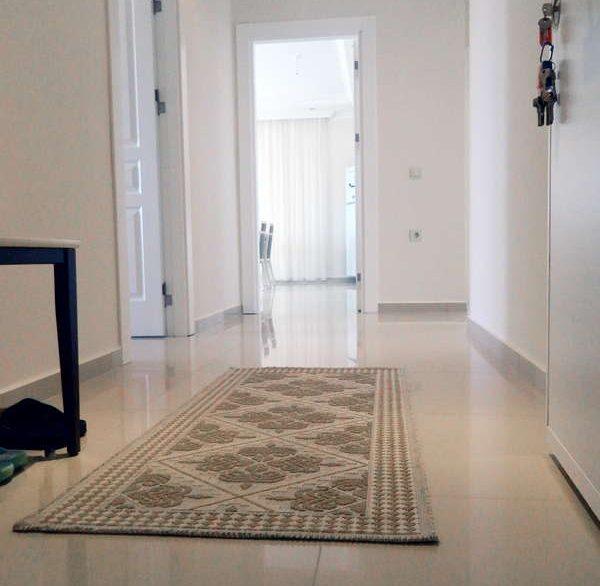 Апартаменты 3+1 - Кестель - прихожая