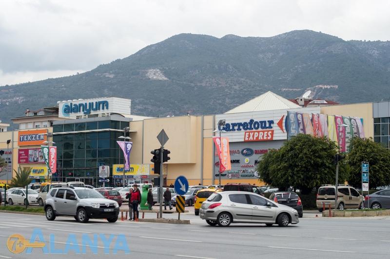 Аланья, Турция фото города. Торговый центр Аланиум, Аланья.