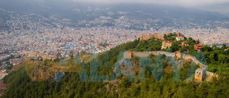 Аланья, Турция фото. Крепость. Вид на сооружения.