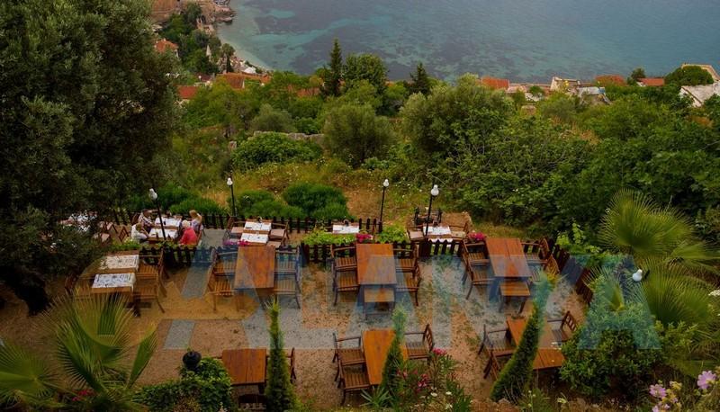 Аланья, Турция фото. Крепость. Кафе на горе у крепости.