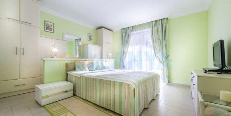 Вилла в Конаклы - спальня